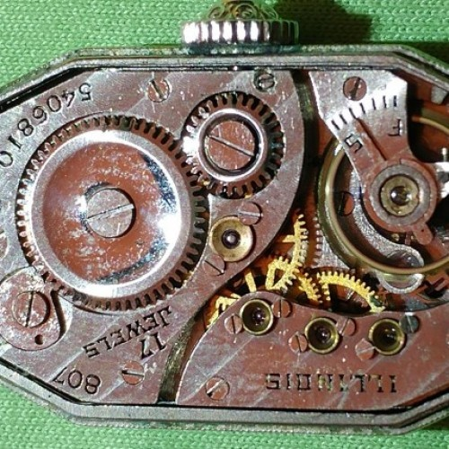 Illinois Grade 807 Pocket Watch Image