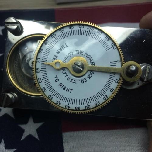 Illinois Grade 585 Pocket Watch Image