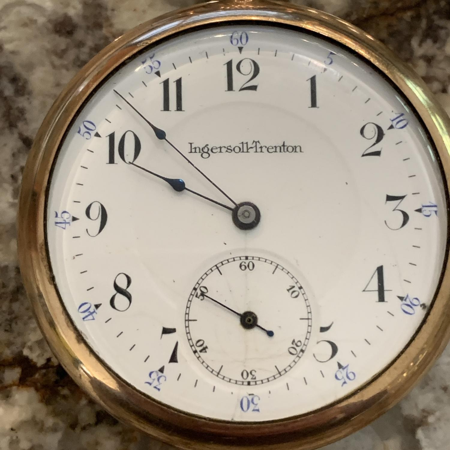 Image of Ingersoll Watch Co.  #3365507 Dial